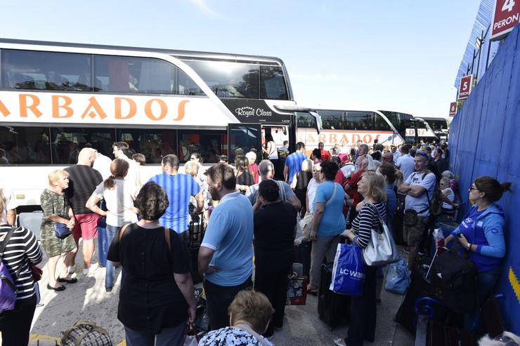 stajaliste za turisticke autobuse foto snezana krstic (13)