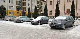 Uwaga kierowcy! Ślisko i niebezpiecznie na krakowskich drogach