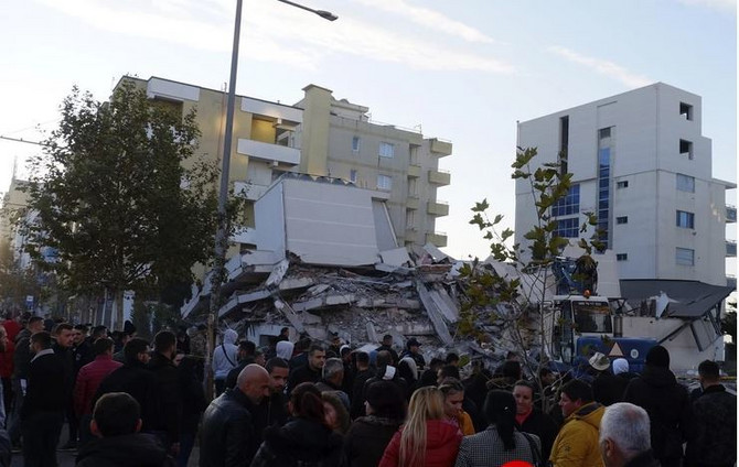 Tirana jutro nakon zemljotresa