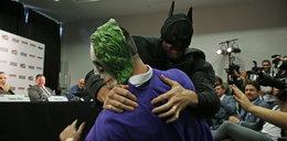 Przebrał się za Batmana i pobił Jokera na oczach Kliczki