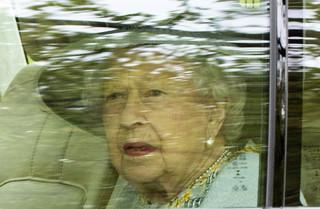 Elżbieta II przedstawiła w mowie tronowej rządowe plany odbudowy po epidemii