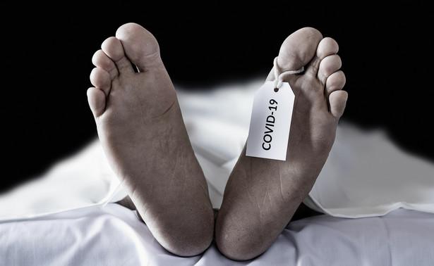 Zgon z powodu koronawirusa