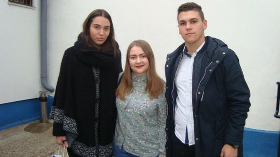 Hana, Džejna i Muamer