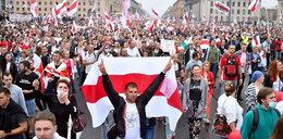 Protesty na Białorusi. Na ulicach pokojowe tłumy, ale też milicja i OMON