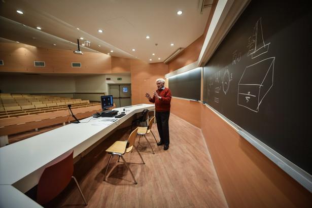 koronawirus i odwołane zajęcia na włoskich uczelniach