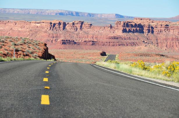 W dalszej perspektywie coraz bardziej prawdopodobny jest koniec ery publicznych dróg w USA