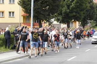 Zamieszki przed komendą policji w Lubinie. Ponad 30 zatrzymanych