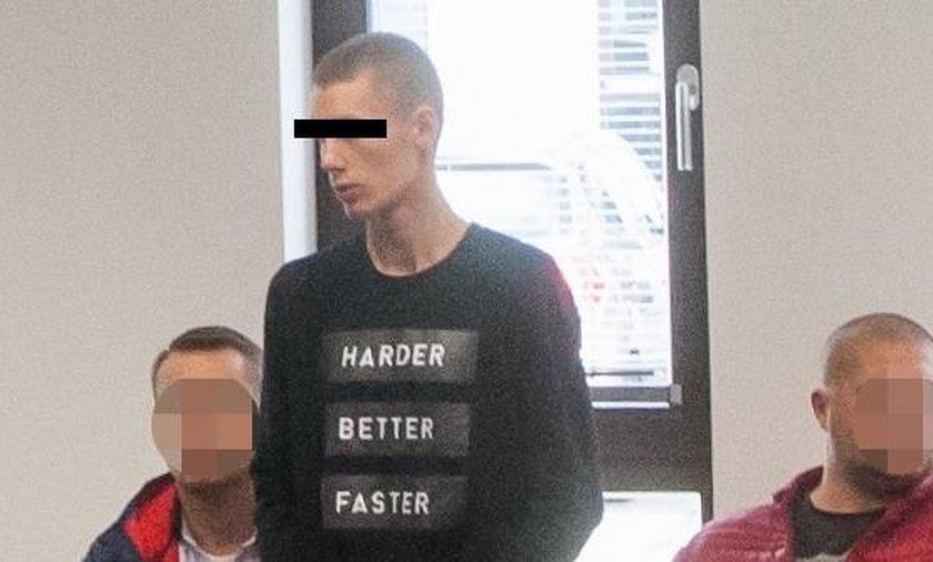 Skatował 14-latka w szkolnej toalecie. Ma to sobie przemyśleć