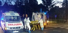 Zderzenie karetki z jeepem. W ambulansie pacjent z koronawirusem
