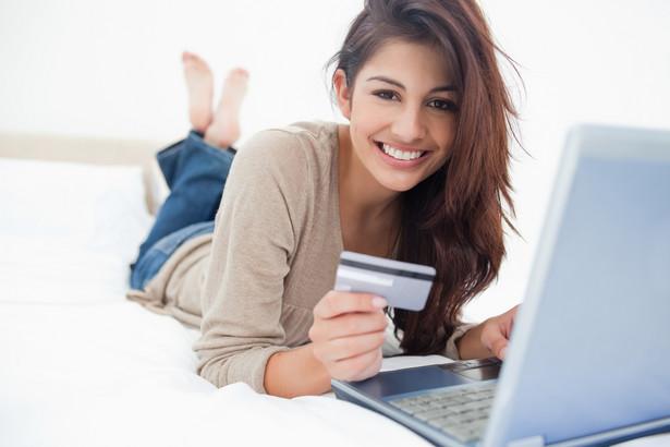 """Twojego banku; weryfikuj adres strony swojej bankowości elektronicznej (zwłaszcza domenę tj. końcówkę adresu www); nie podawaj żadnych wrażliwych informacji w e-mailowej korespondencji z bankiem""""."""