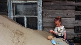 Szojna - wioska, która co noc ginie pod hałdami piasku