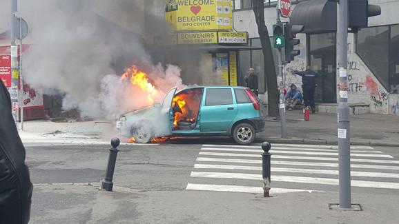 Automobili već goreli u toku vožnje