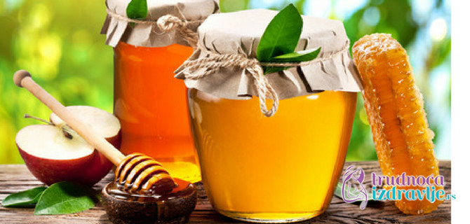 Med je prirodni protivudar kašlju