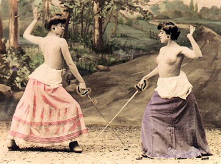 macevanje toples01 foto arhivska fotografija www fscclub com
