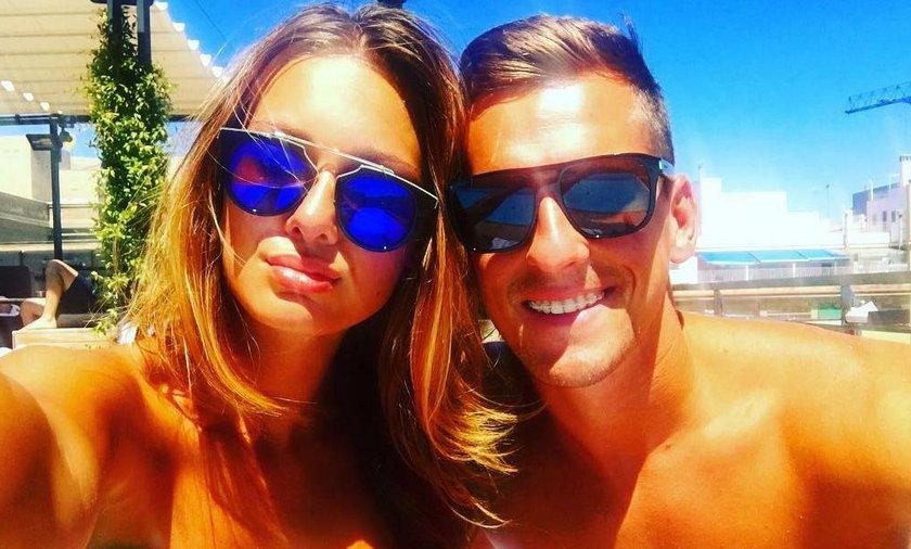 Arkadiusz Milik i Jessica Ziółek na wakacjach w Barcelonie [FOTO]