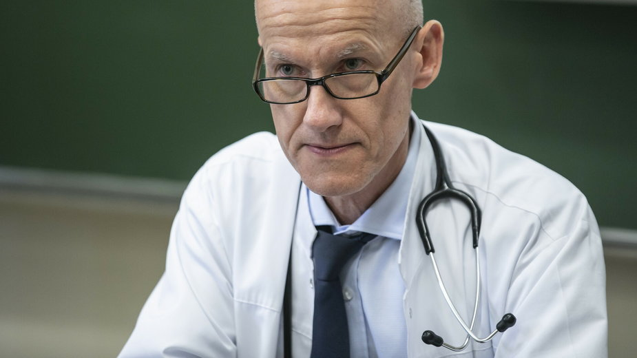 Prof. Tomasz Wróbel