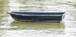 Makabryczne odkrycie w dryfującej łodzi na jeziorze Wałpusz