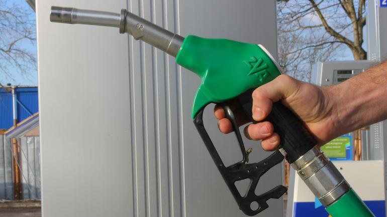 Diesel, benzyna czy gaz: co teraz warto kupić?