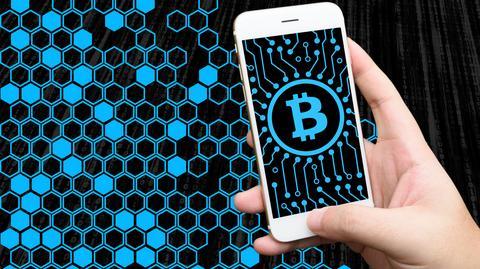 Eksperci uważają, że nawet jeżeli nie interesują nas kryptowaluty, powinniśmy przyglądać się rozwojowi technologii blockchain, na której się opierają