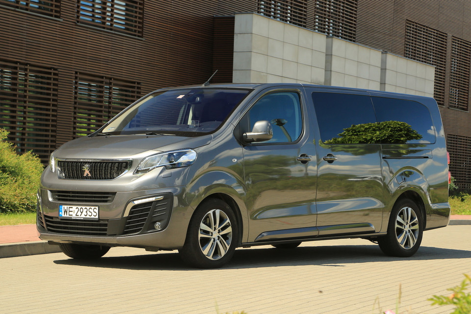 Peugeot Traveller Long Allure