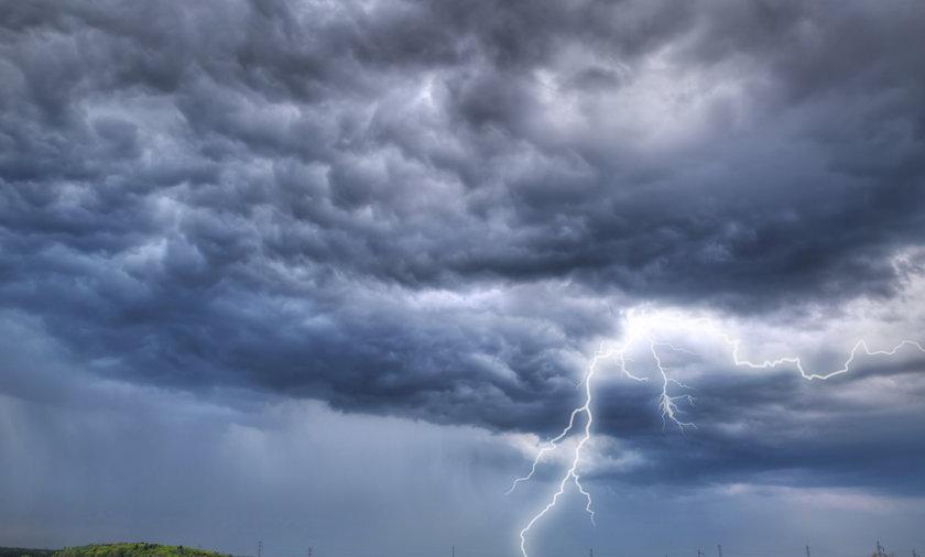 Chmury deszczowe