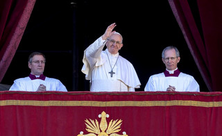 ZEA: Ponad 100 tys. osób na papieskiej mszy w Abu Zabi