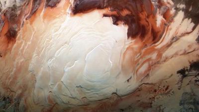 Podziemne jeziora na Marsie jednak nie zawierają wody? Nowa analiza wskazuje na coś innego