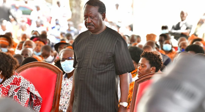 Raila hosts mega meeting with Mt Kenya elders at his Bondo home