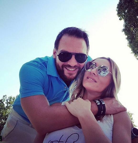 DEFINITIVNO KRAJ LJUBAVI: Anabela podnela zahtev za razvod braka