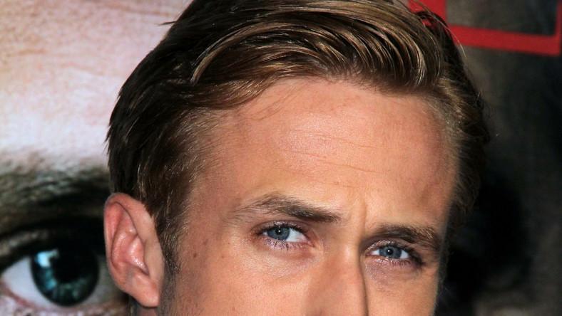 """Utalentowany 31–letni aktor ma na swoim koncie parę nominacji do Oscara, a jego dwa filmy: """"Drive"""" i """"Kocha, lubi, szanuje"""" pokazują, że dwa potrafi zagrać socjopatyczną i playboyową stronę postaci Bruca Wayne'a"""