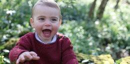 Najmłodszy syn Kate i Williama kończy rok. Pokazano jego nowe zdjęcia