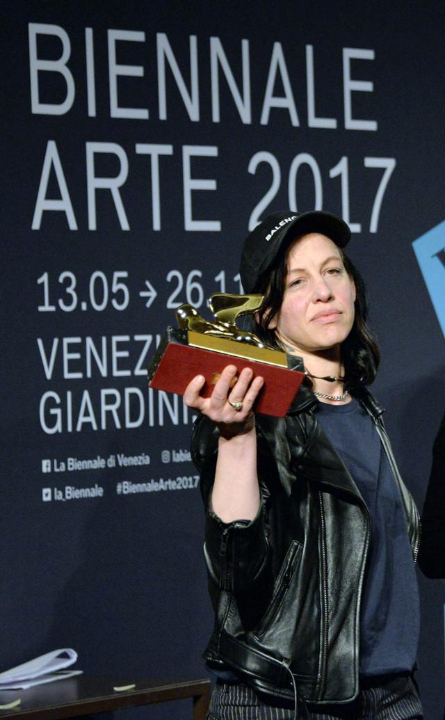 "Nemačka umetnica Ane Imhof sa ""Zlatnim lavom"""