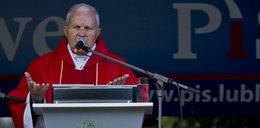 Prezydent odebrał order księdzu-pedofilowi