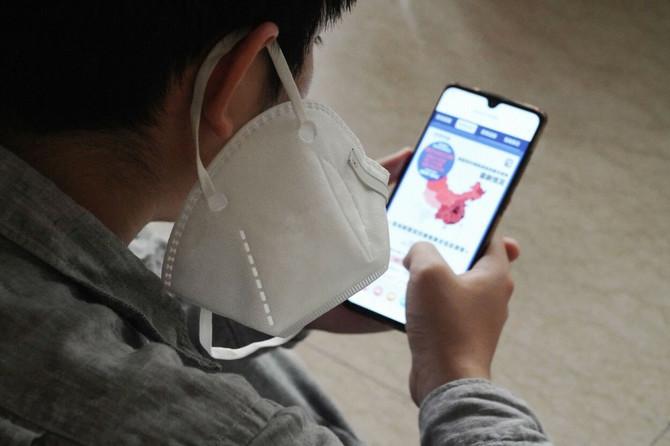 Maska može da bude izazov i za srednjoškolce