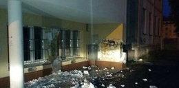 Uczniowie oskubali szkołę