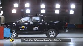 Crash test Toyoty Hilux