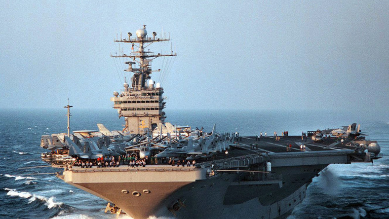 USS George Washington to jednostka klasy Nimitz