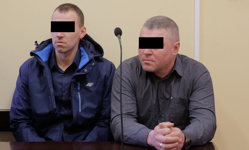Policjanci przed sądem za zniszczenie radiowozu