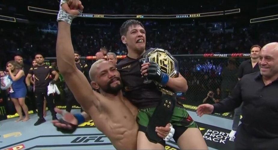 Brandon Moreno nowym mistrzem wagi muszej UFC! Meksykanin udusił Deivesona Figueiredo! (WIDEO)