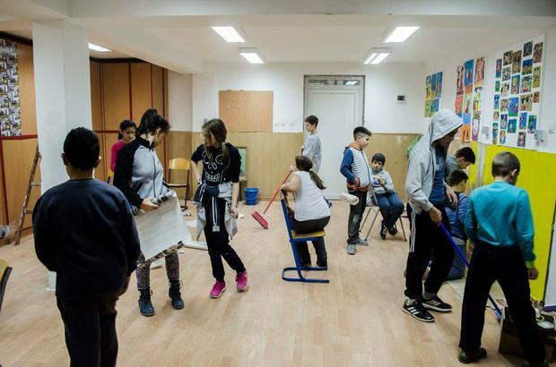 Deca u akciji