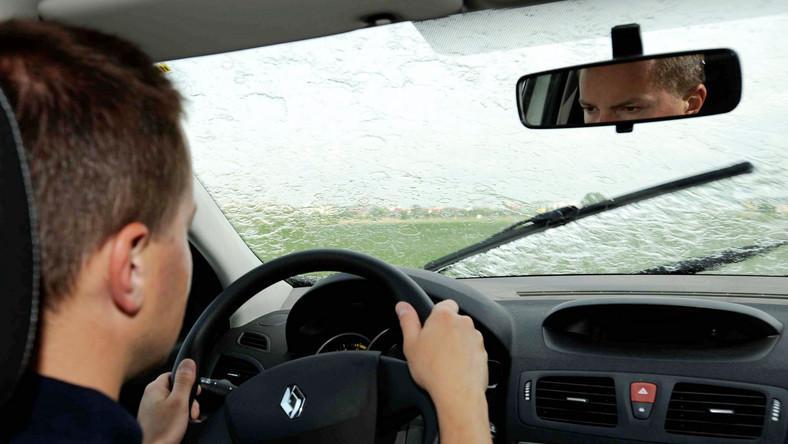 Jak jeździć samochodem by nie utonąć