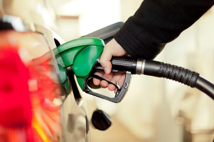 gorivo nafta benzin pumpa