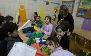 Pracownicy domów dziecka bez dodatków