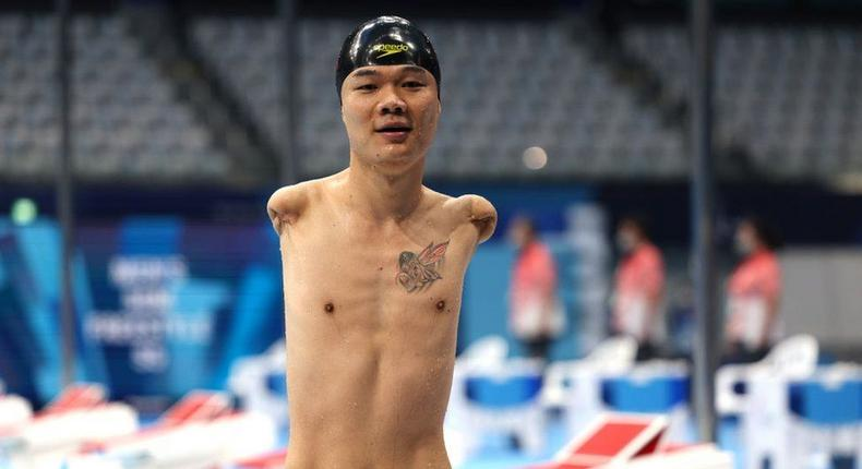 Swimmer who lost his arms through electric shock wins 4 gold medals Paralympic Games