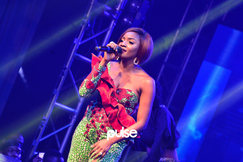 Simi performing live at Homecoming concert 2019