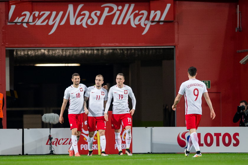 FIFA zmienia przepisy gry w piłkę nożną. Polacy muszą być czujni