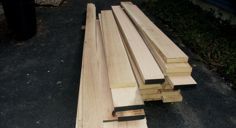 Planks (Illustration)