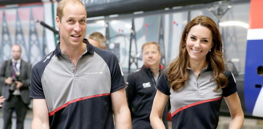 Lipcowe kreacje księżnej Kate. Która lepsza?