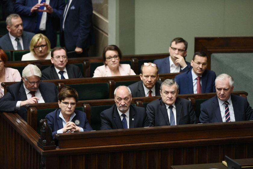 Rząd Beaty Szydło nie zgadza się z decyzją KE