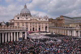 Bliżej ludzi i bez feudalnej celebry. Paweł VI zmienił styl papiestwa